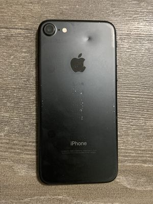 FACTORY UNLOCKED!! IPHONE 7 32gb (THIS IS NOT THE PLUS) PRICE IS FIRM! for Sale in Miramar, FL