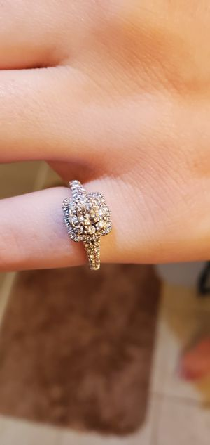 Beautiful Helzberg Engagement Ring for Sale in McCarran, NV