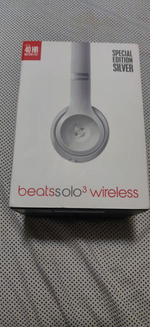 Beats solo 3 wireless for Sale in Ravenna, OH