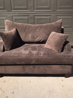 Microfiber Loveseat - Dark Brown - Two Pillows - Free Delivery for Sale in Allen,  TX