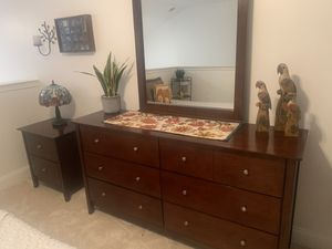 Dresser and night stand for Sale in Kinnelon, NJ