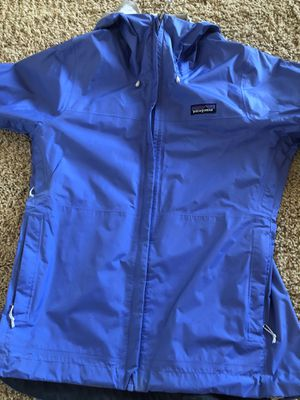Patagonia Women Small Water Resistant Rain Jacket for Sale in Scottsdale, AZ