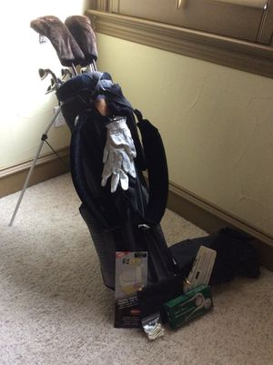 Ping full golf club set with bag for Sale in Dallas, TX