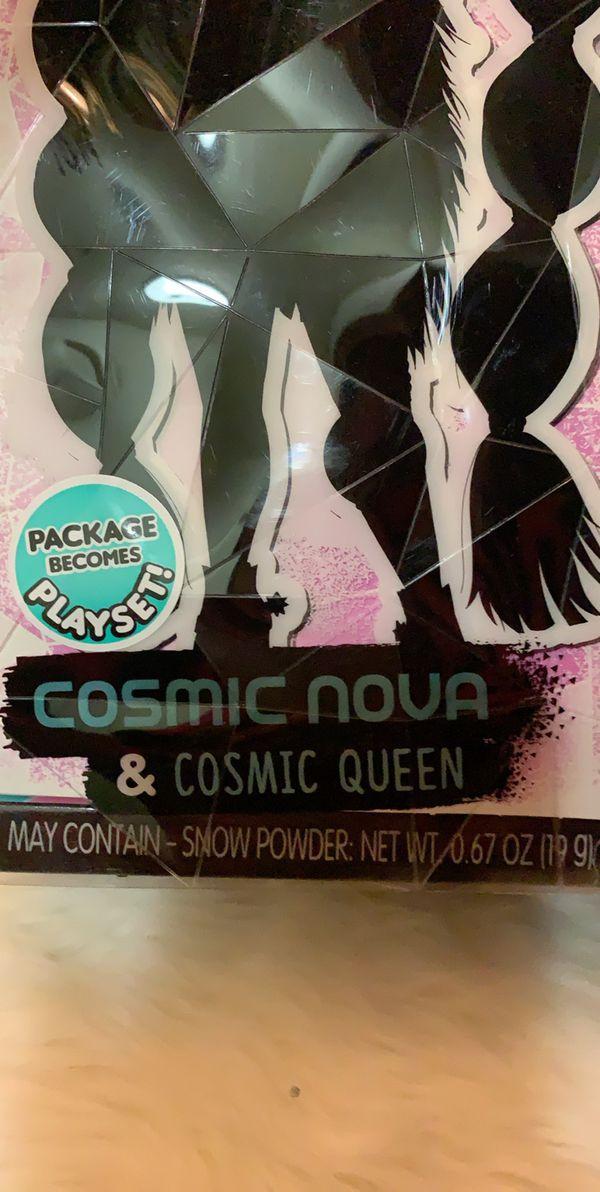LOL O.M. G. dolls cosmic nova & cosmic queen
