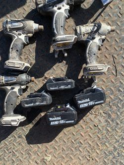 Lot Of Makitta Drills And Battery's for Sale in Longbranch,  WA