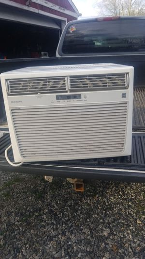 Frigidaire ac unit for Sale in Suitland, MD