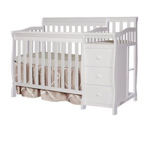 Dream On 3 in 1 mini Crib for Sale in Columbus, OH