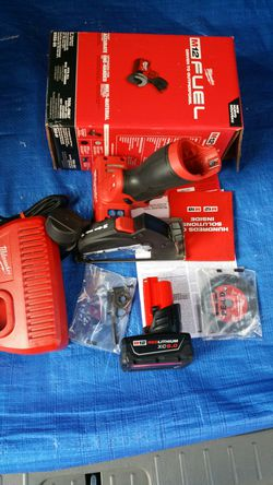 $185. Milwaukee M12 FUEL Brushless 3 inch Cut Off Saw Kit with One((( 6.0Ah))) Battery+Charger for Sale in Evergreen,  CO