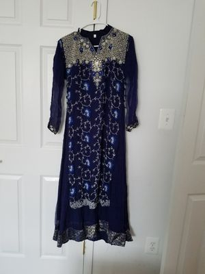 Party wear 3pc dress medium for Sale in Baltimore, MD