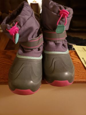 Girls winter boots for Sale in Fridley, MN