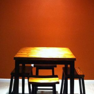 Wood Square Dining Table W/ 4 Stools for Sale in Las Vegas, NV