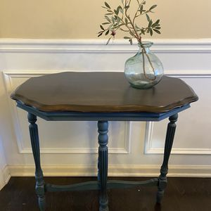 Antique Wood Side Table Chalk Paint By Annie Sloan for Sale in Alpharetta, GA