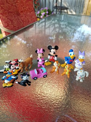 Mickey Mouse mini figures Lot 12 for Sale in Toledo, OH