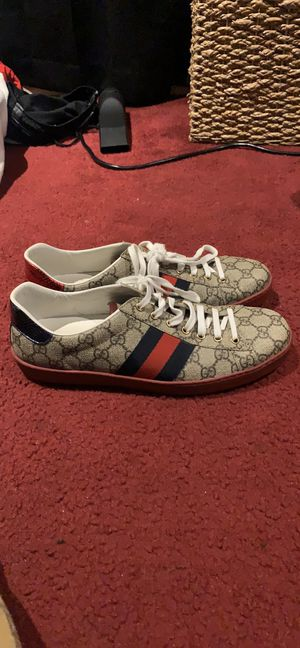 Gucci Ace GG Sneakers Men's for Sale in San Mateo, CA