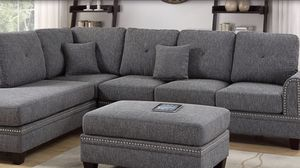 Grey sectional reversible 🎈🎈🎈 for Sale in Fresno, CA
