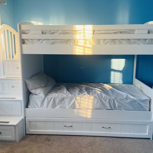 Twin/Twin Step Bunk Bed w/ trundle for Sale in Raleigh, NC