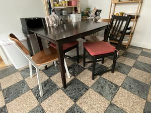 Dining table with 2 cushioned chairs for Sale in San Francisco, CA