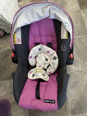 Graco car seat for Sale in Rochester, WA