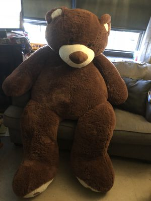Huge 6FT teddy bear, probably bigger for Sale in Brooklyn, NY