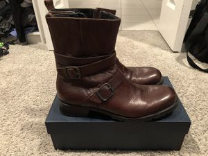 Kenneth Cole leather boot Men's 9.5, bearly used for Sale in Fort Worth, TX