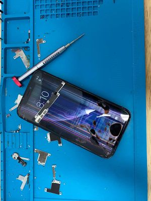 iPhone 6,7,8 plus and ipad air screen replacement GQ for Sale in Miami Gardens, FL