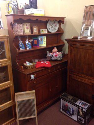 Antique Hutch for Sale in Phoenix, AZ