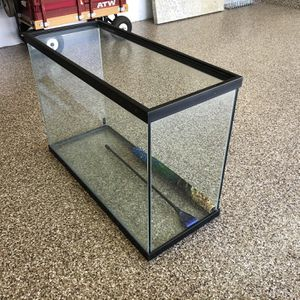 Fish Tank 60 Gallons for Sale in Mission Viejo, CA