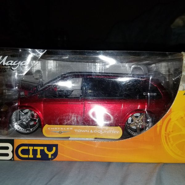BRAND NEW DUB CITY CAR NEW IN PACKAGE