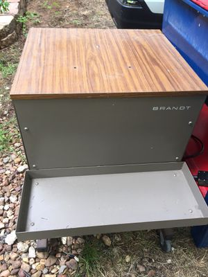 Brant office furniture printer stand for Sale in Mansfield, TX