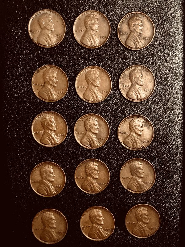 Lot 15 coins: Wheat penny's 1945