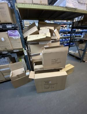 Free flat boxes for Recycling for Sale in North Miami Beach, FL