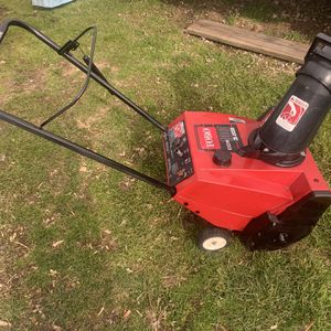 Toro Snowthrower for Sale in Levittown, PA
