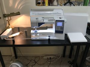 Husqvarna Viking Sapphire 930 sewing machine for Sale in Gaithersburg, MD