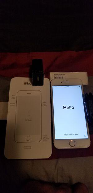 Iphone 7 32Gb Unlocked for Sale in Irvine, CA