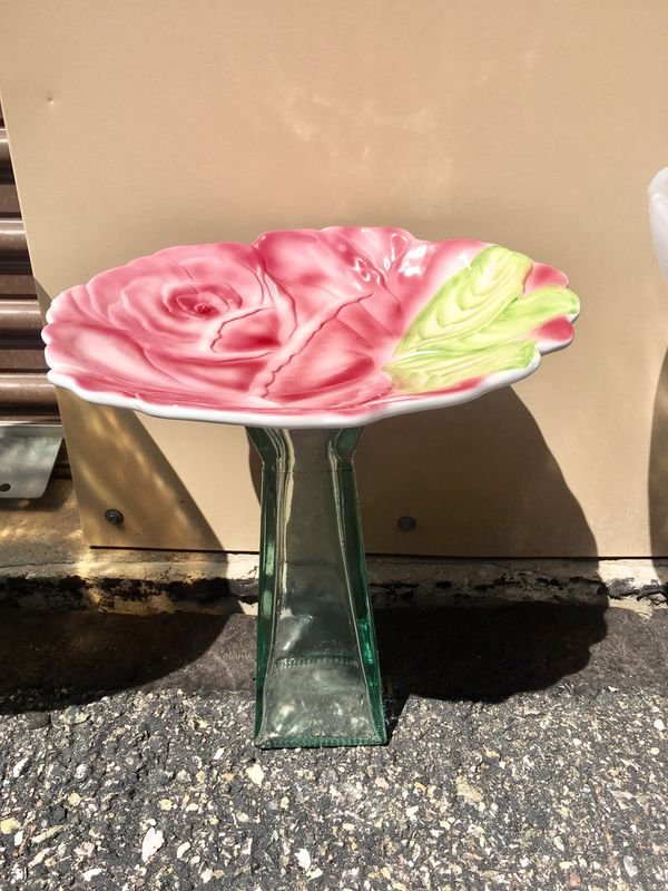 "Bird Bath Feeder for your garden. Cute pink Rose glass bowl with green glass stand 15""h"