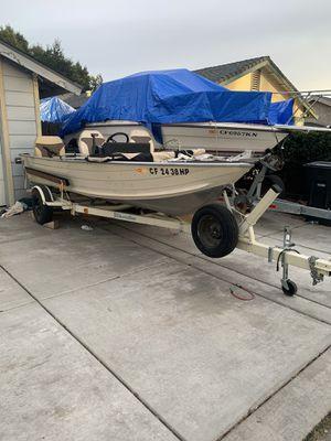 """17"""" Aluminum Boat for Sale in Sacramento, CA"""