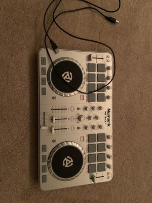 Numark mixtrack for Sale in Palm Harbor, FL