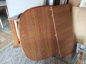 Kitchen table w/4 chairs for Sale in Dearborn Heights, MI