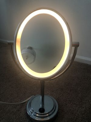 makeup mirror for Sale in Lacey, WA