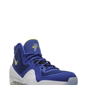 """Nike Air Max Penny Hardaway V """"Blue Chips"""" Size 9 for Men for Sale in West Covina, CA"""