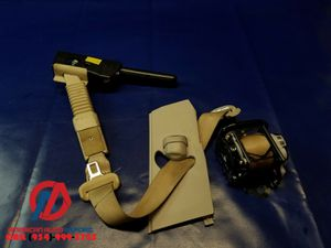 2014-2016 INFINITI Q50 FRONT RIGHT SIDE SEAT BELT RETRACTOR W/ TENSIONER for Sale in Fort Lauderdale, FL