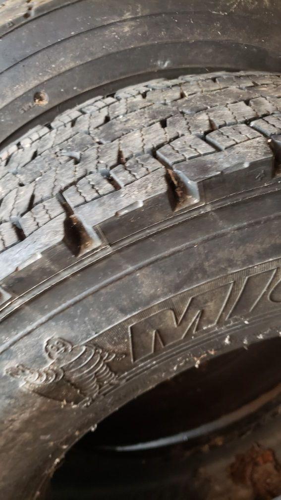 Tire Michelin 12r22.5