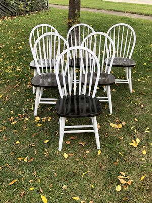 6 Wooden Rustic/Farmhouse Chairs! for Sale in Frankfort, IL