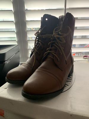 Steve Madden boots women's size 7 for Sale in Chula Vista, CA