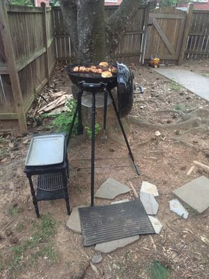 Weber grill 5'5 tall custom for Sale in Takoma Park, MD