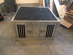 Dog box for Sale in Pinetop, AZ
