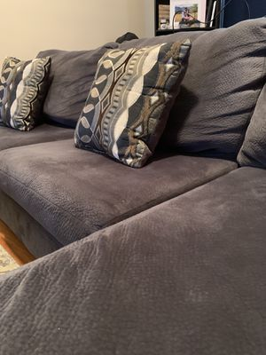 Cloud-like comfortable: 2-Piece Couch Sectional! for Sale in Oak Park, IL