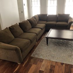Sectional with Sleeper for Sale in Princeton,  NJ