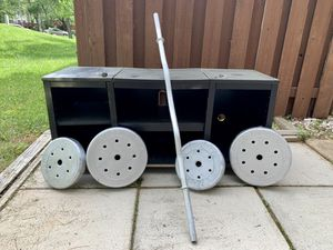 Gym weights barbell with clips for Sale in Silver Spring, MD
