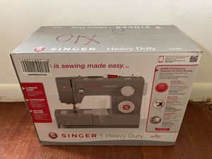 SINGER Heavy Duty 4432 Sewing Machine with 32 Built-in Stitches for Sale in Aspen Hill, MD